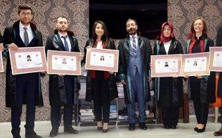 Genç Avukatlar ailelerinin elinden aldı ruhsat aldı