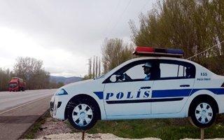Polisin maketi bile yetti!