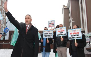 'Vatanını değil dövizini bozdur' kampanyası