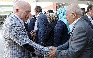 Başkan Sekmen personeliyle bayramlaştı