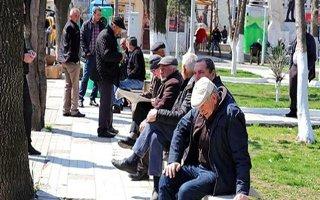 65 Yaş Üstündekilere Sokağa Çıkma Yasağı Getirildi