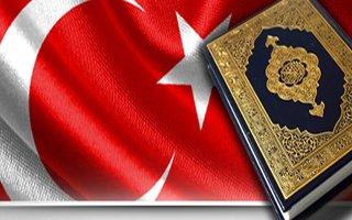 Her Eve Bayrak ve Kur'an Dağıtılacak