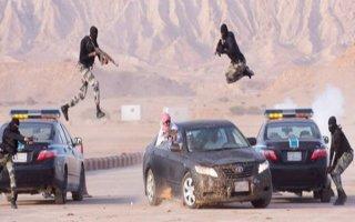 Suudi Askerlerden Nefes Kesen Tatbikat