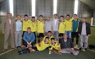 Halı sahanın şampiyoru Erzurum Lisesi