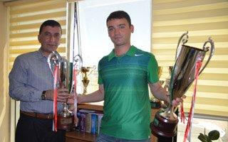 Gençlikspor kupaları topladı!