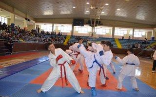 Yaz Spor Okullarına görkemli açılış