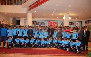 Fatih Çintimar sporcuları sevindirdi!