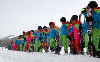 Yakutiye'de 500 Çocuk Kayak Öğrendi