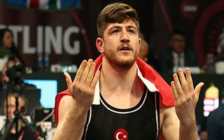 Büyükşehir'in Pehlivanı Avrupa Şampiyonu