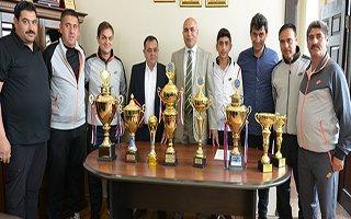 Yakutiyespor, 'Gençliğin Spor Okulu' Oldu...