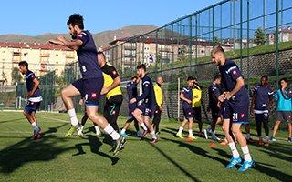 B.B. Erzurumspor ilk antrenmanına çıktı