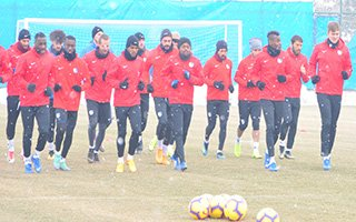 B.B Erzurumspor Beşiktaş maçına hazırlanıyor