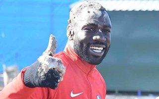 Moussa Kone'ye sürpriz doğum günü