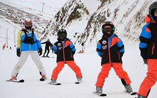 Geleceğin kayakçıları Aziziye'de yetişecek