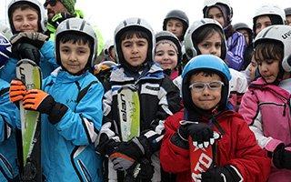 """""""Erzurum'da Kayak Bilmeyen Çocuk Kalmayacak"""""""
