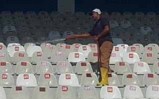 Kazım Karabekir stadyumu nihayet temizleniyor
