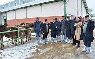Çiftçilerin tecrübe paylaşımına ABBM'den destek