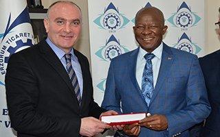 Güney Afrika Büyükelçisi'nden ETSO'ya ziyaret