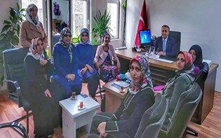 İspir'de kadınlar üretim hayatına el atıyor