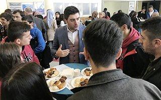 Erzurum'da sanayicilerle öğrenciler buluştu