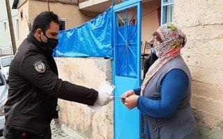 Sosyal yardım evlere teslim edilmeye başlandı
