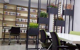 Karaçoban ilçesinde kütüphane kuruldu