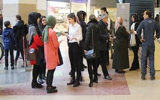 Lise öğrencileri vatandaşla buluşuyor