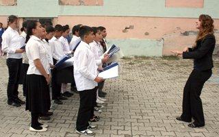Pasinler'de ilköğretim haftası kutlandı