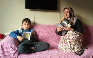 Anne ile çocuğu aynı kitapta buluşuyor
