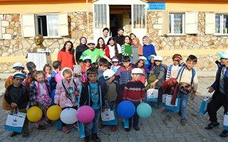 Aziziye'de Eğitime Renkli Destek!