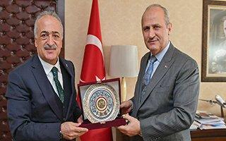 Rektör Çomaklı'dan Bakan Turhan'a ziyaret
