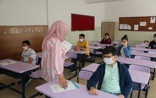 Aziziye'de büyük sınavlar öncesi deneme sınavı