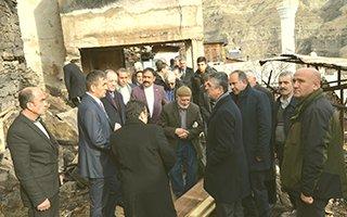 Aydın ve Karataş'tan ''geçmiş olsun'' ziyareti