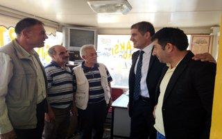 MHP'li Kaya taksicilerin dertlerini dinledi!
