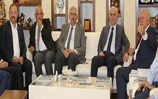 Erol Kaya Büyükşehir Belediyesi'ni Ziyaret Etti