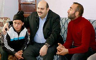 Başkan Orhan, 11 nüfuslu aileyi ziyaret etti...