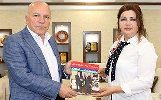 Sekmen Türkiye Azerbaycan kardeşliğini anlattı