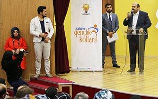 Başkan Orhan Aziziye'de gençlerle buluştu