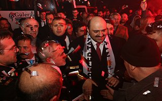 Aziziye Belediye Başkanı Orhan'a sevgi seli