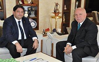 Hakan Oral'dan Başkan Sekmen'e ziyaret