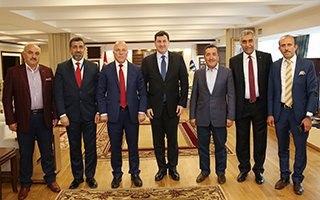 Başkan Sekmen İstanbul ekibini görevden aldı