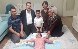 SP Hastası Zeynep'i Selami Altınok güldürdü