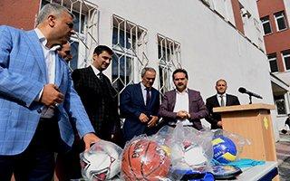 Başkan Uçar, başarılı öğrencileri kutladı...