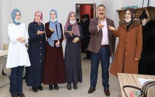 Erdoğan'a işaret diliyle ''seni seviyoruz'' dediler