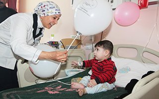 Erzurum BEAH'ta çocuklara eğlenceli tedavi
