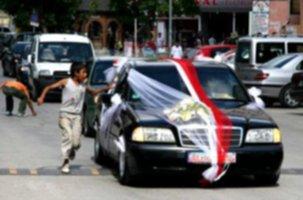 Düğün konvoyunda feci kaza: 1 ölü