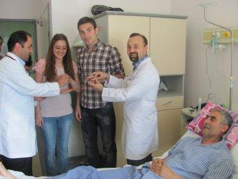 Hastanede nişan töreni