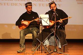 Özbek Öğrenci Birliği'nden anlamlı anma