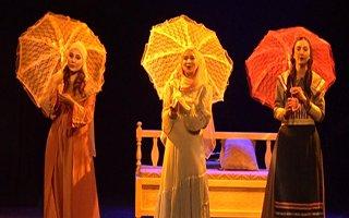''Evhami'' oyunu seyirciyle buluştu