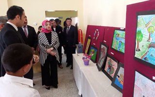 Çat ilçesinde görsel sanatlar sergisi açıldı